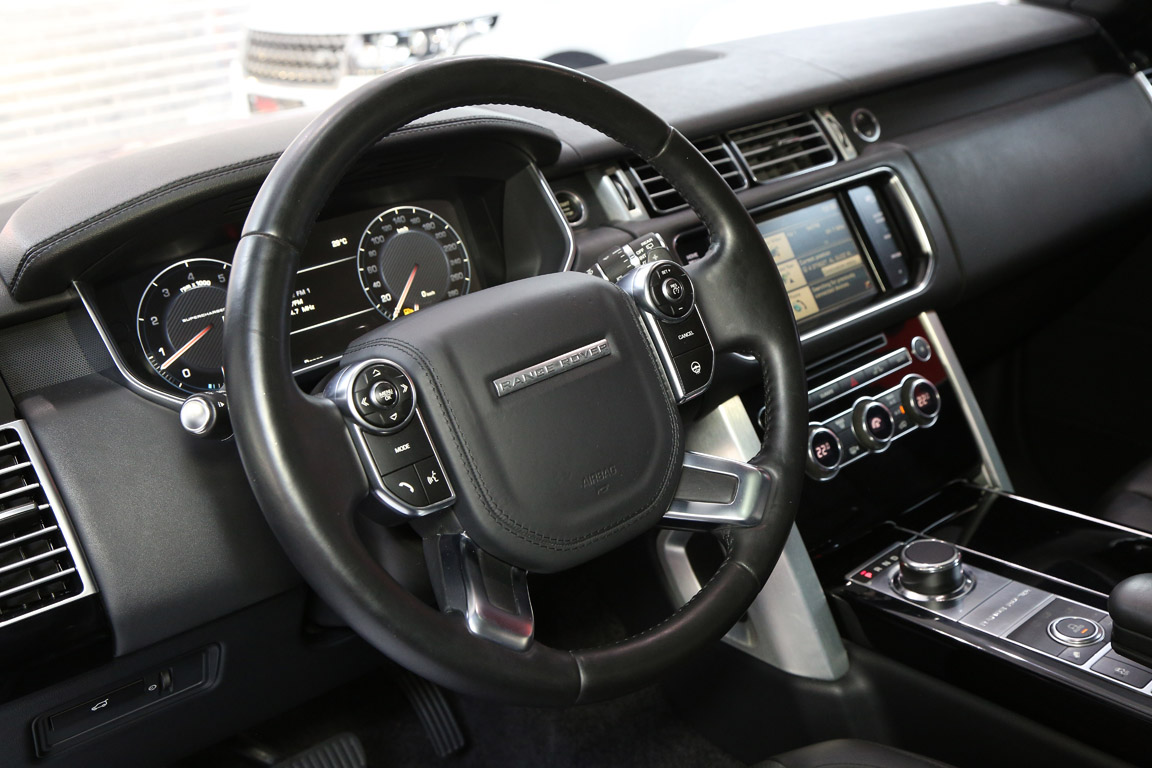 9)Range Rover Vogue